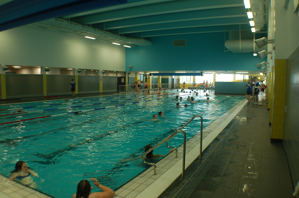 Clydebank leisure centre west dunbartonshire council - Swimming pool leipzig ...