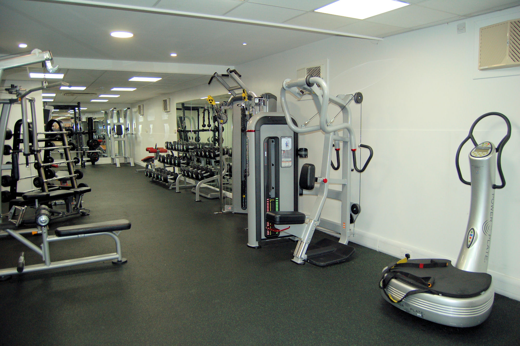 image of Fitness equipment and weights at Vale Pool